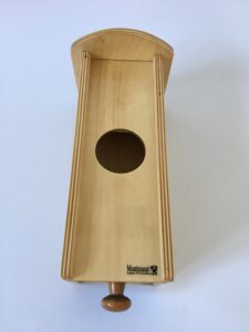 27. Коробочка с выдвижным ящичком # Box with drawer and a ball (2)