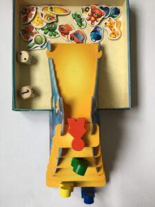 603. Yoo-hoo (3)
