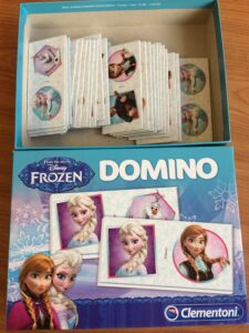609. Domino_Frozen