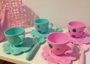1026. Tea set (3)