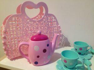 1026. Tea set (4)